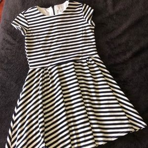 Youth black/white dress size 14 XL